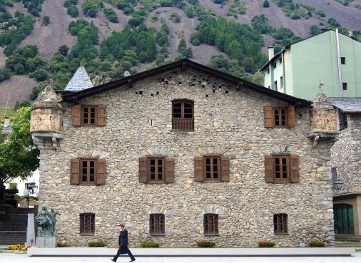 Casa de la Vall Courtyard